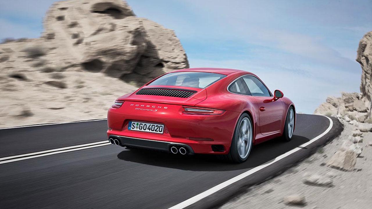 Porsche 911 Carrera  - in der Kurve
