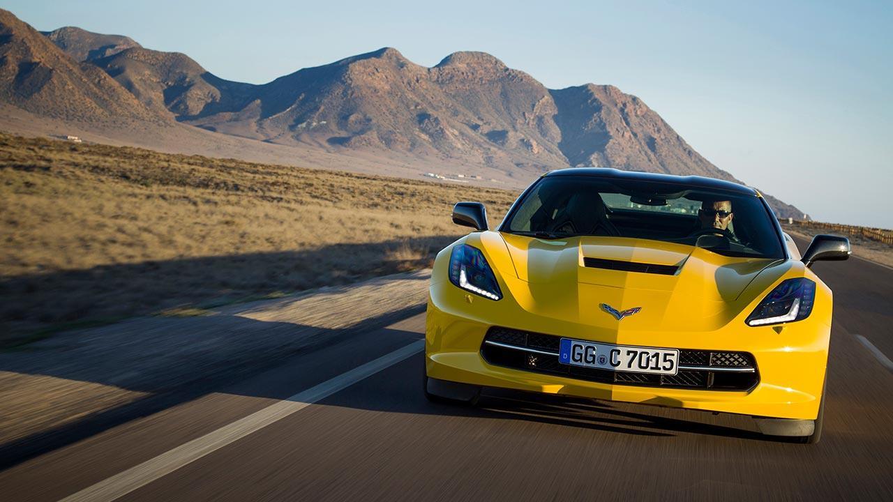 Chevrolet Corvette Stingray Coupé - in der Wüste