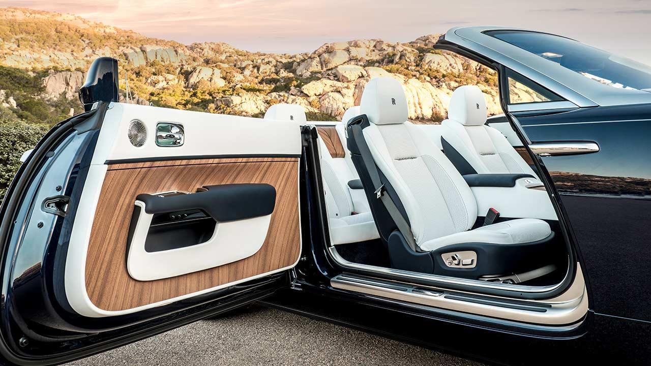 Rolls Royce Dawn Cabrio - weißer Innenraum