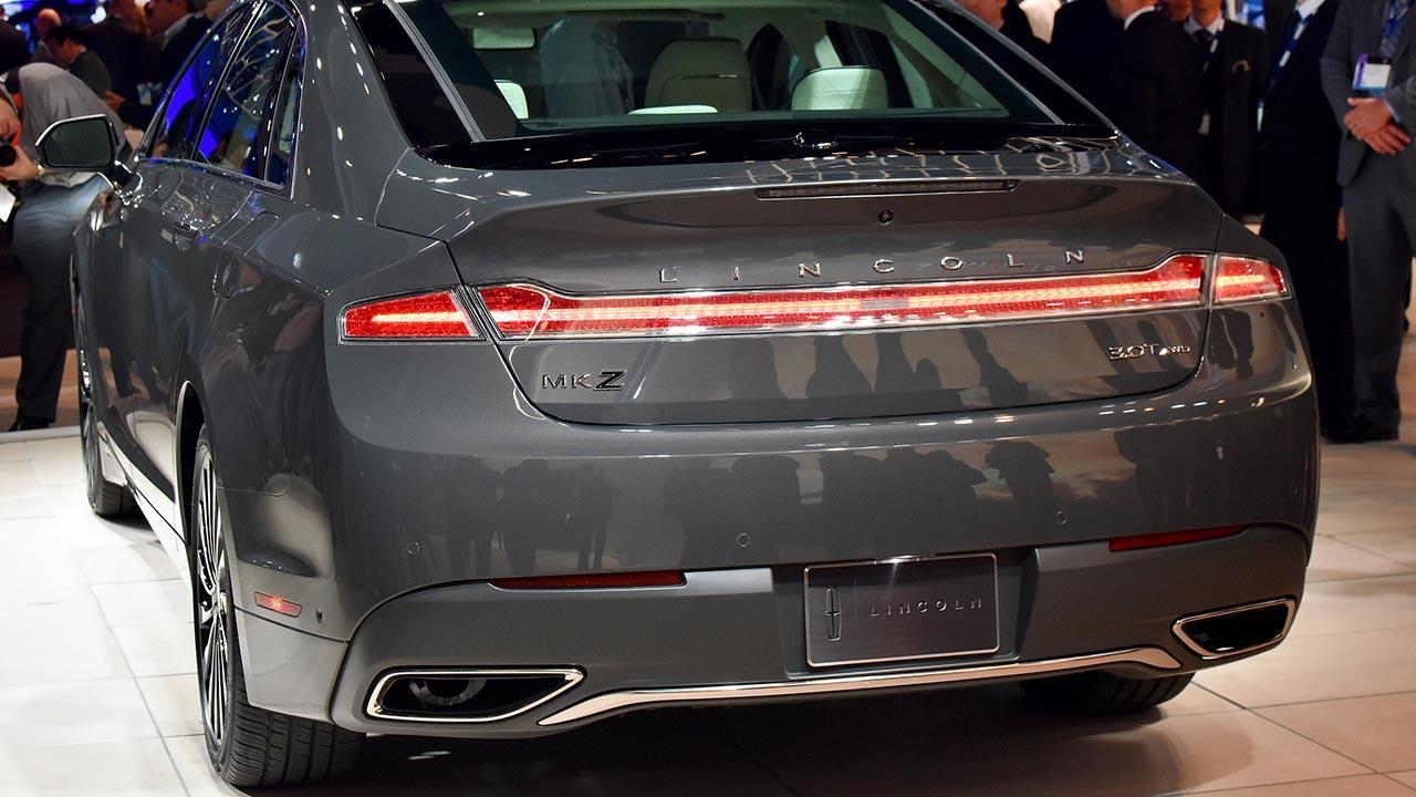 Lincoln MKZ Hybrid - Heckansicht