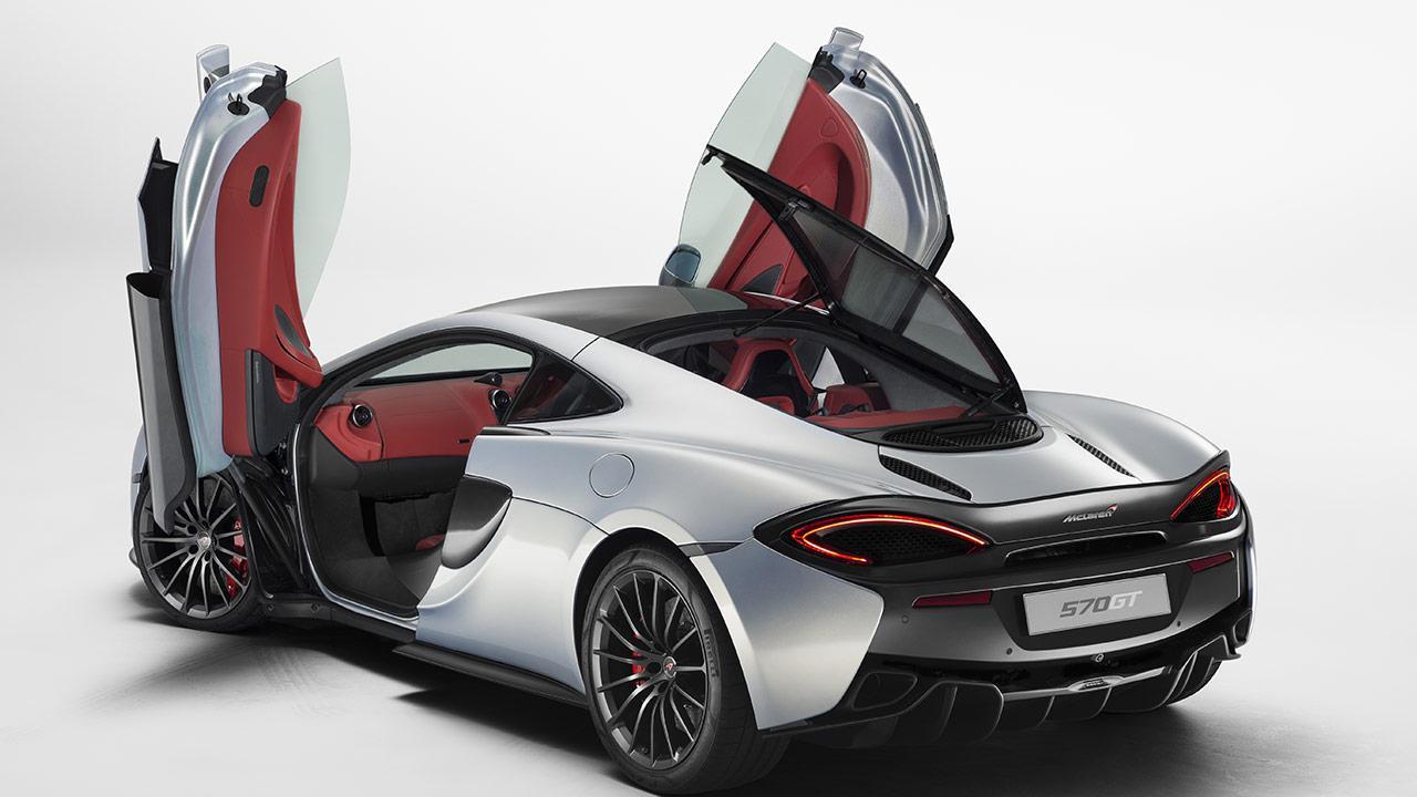 McLaren 570GT - mit offenen Flügeltüren