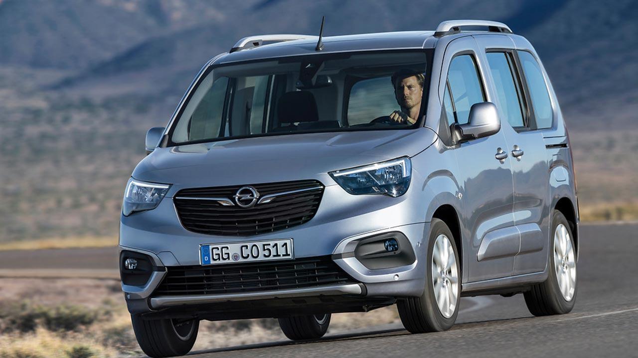 Opel Combo Life - in voller Fahrt