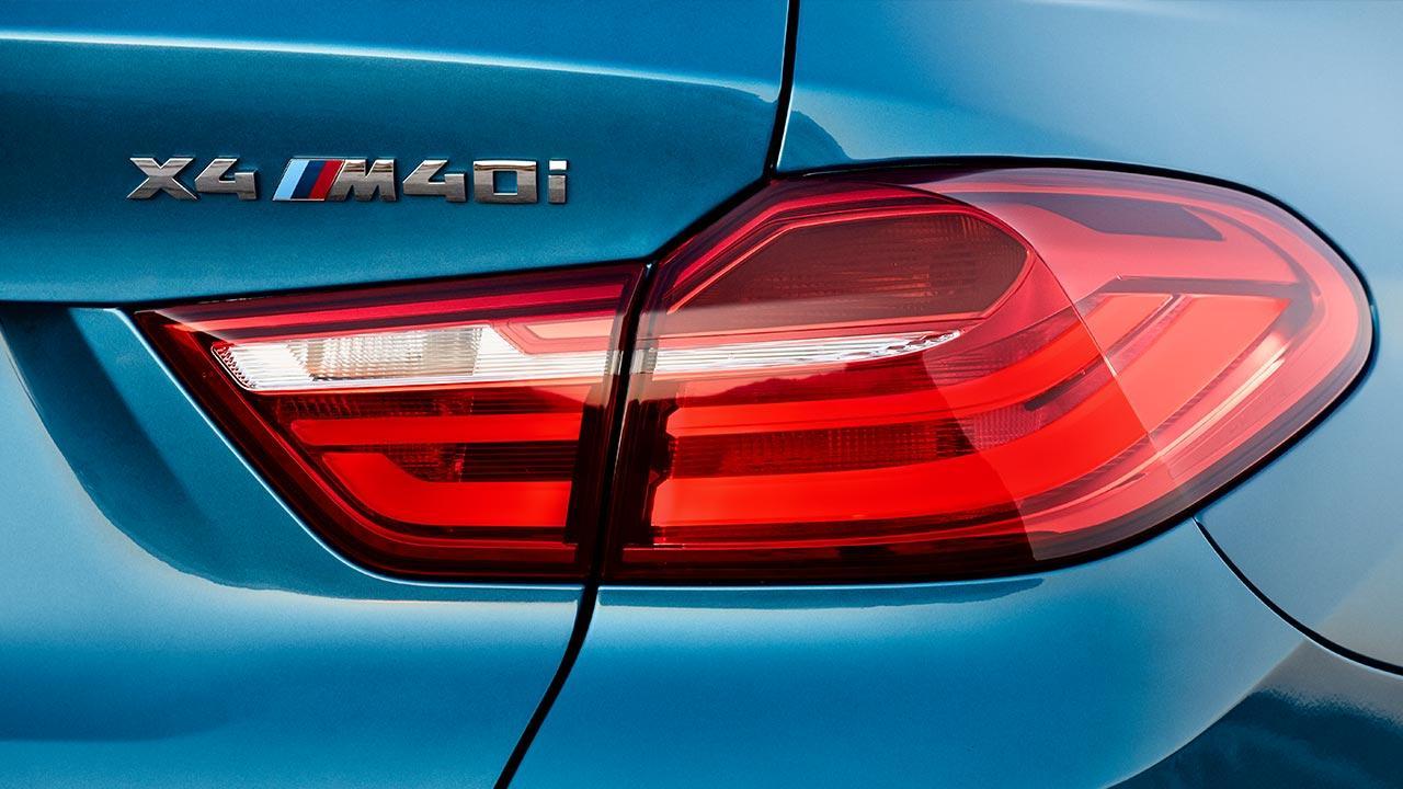 BMW X4 M40 - Schriftzug
