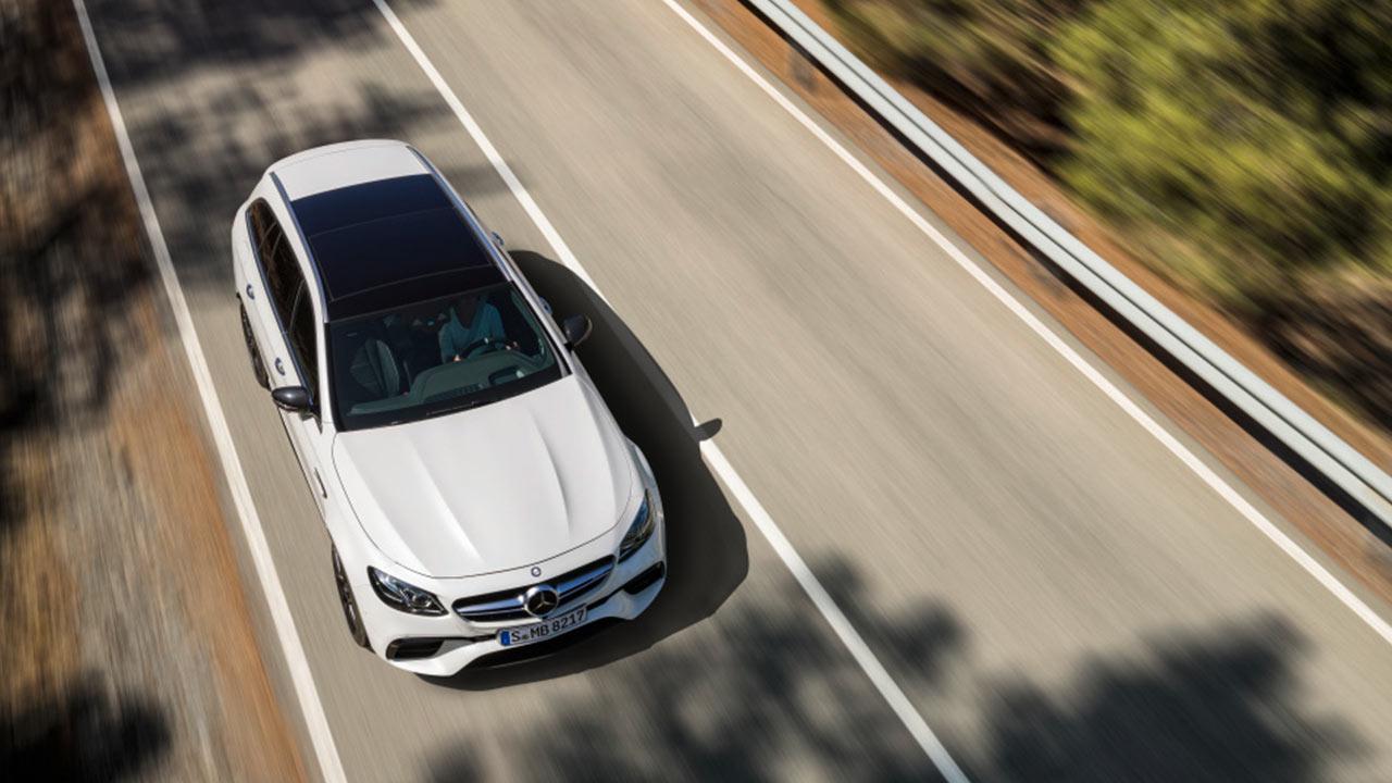 Mercedes-AMG E 63 S 4MATIC+ T-Modell - Vogelperspektive
