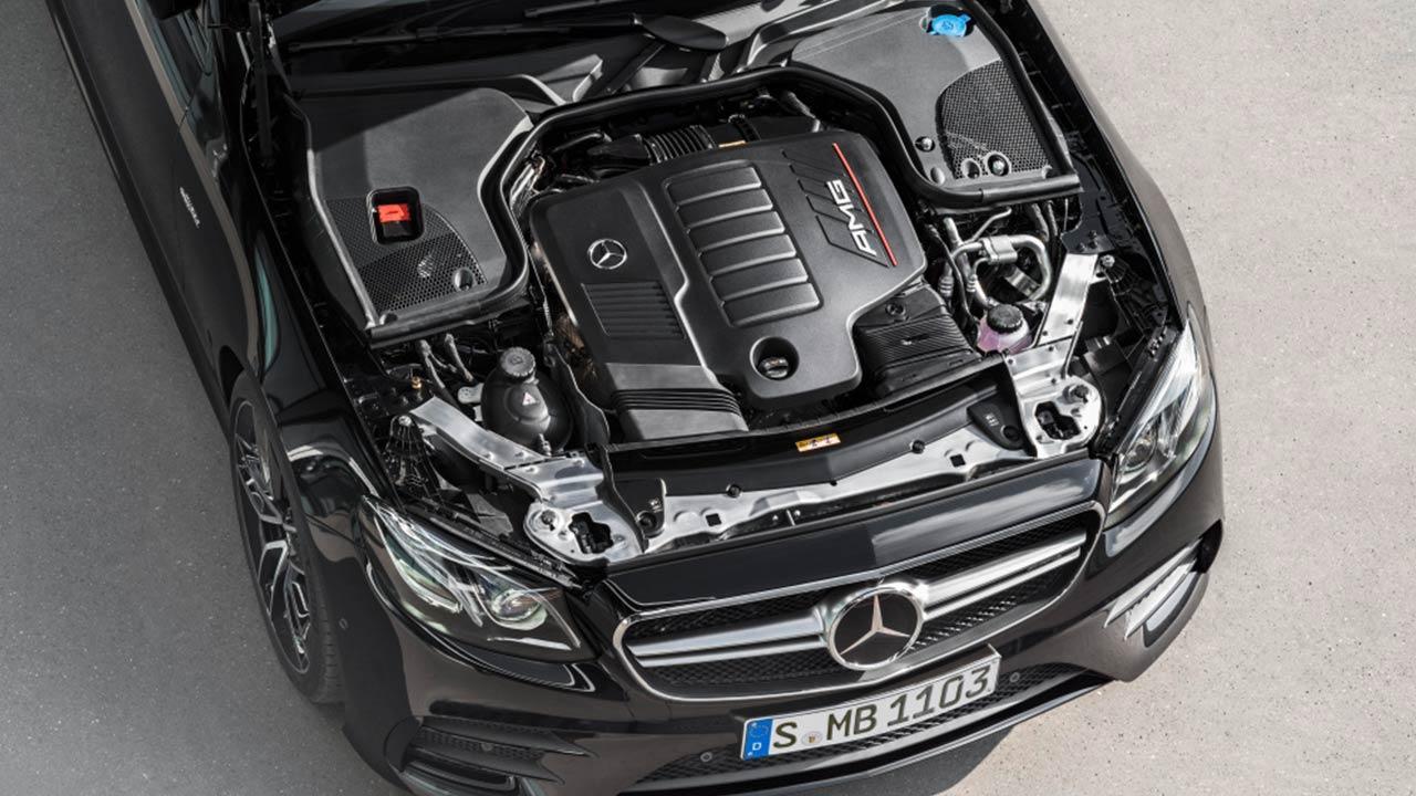 Mercedes-AMG E 53 4 MATIC+ - Motor