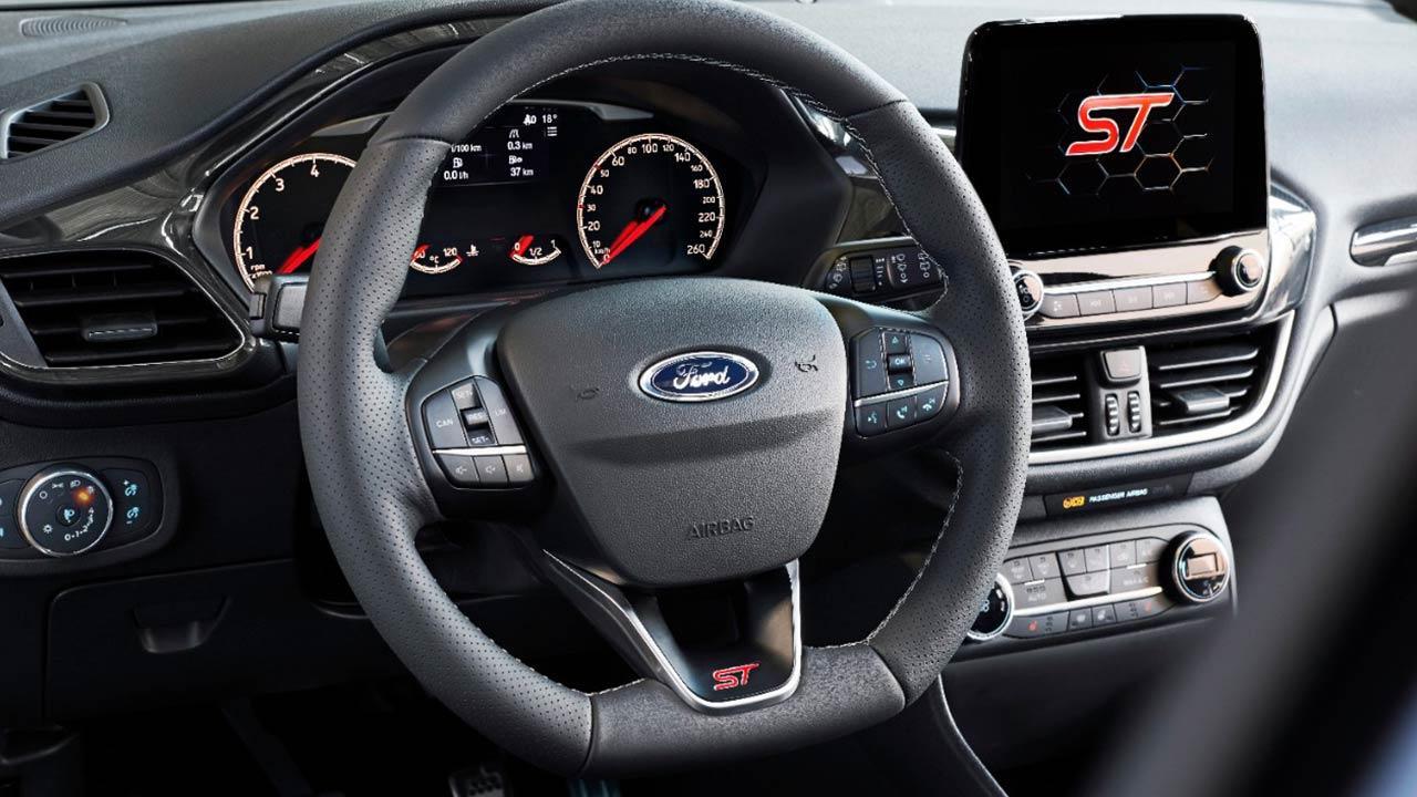 Ford Fiesta ST - Cockpit