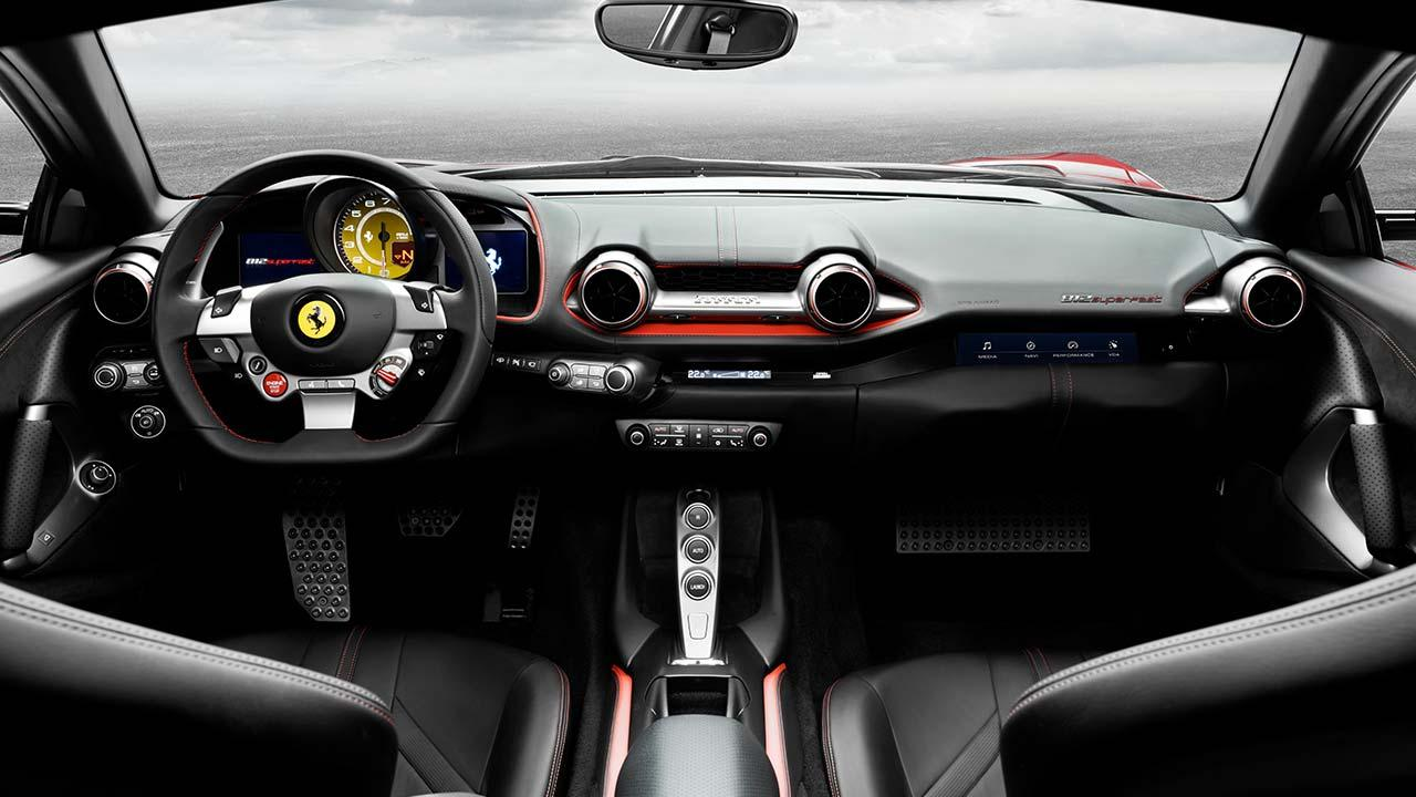 Ferrari 812 Superfast - Cockpit