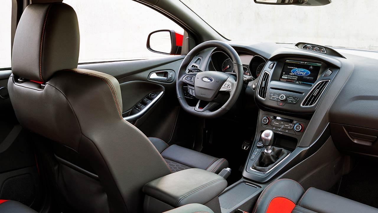 Ford Focus ST - Cockpit