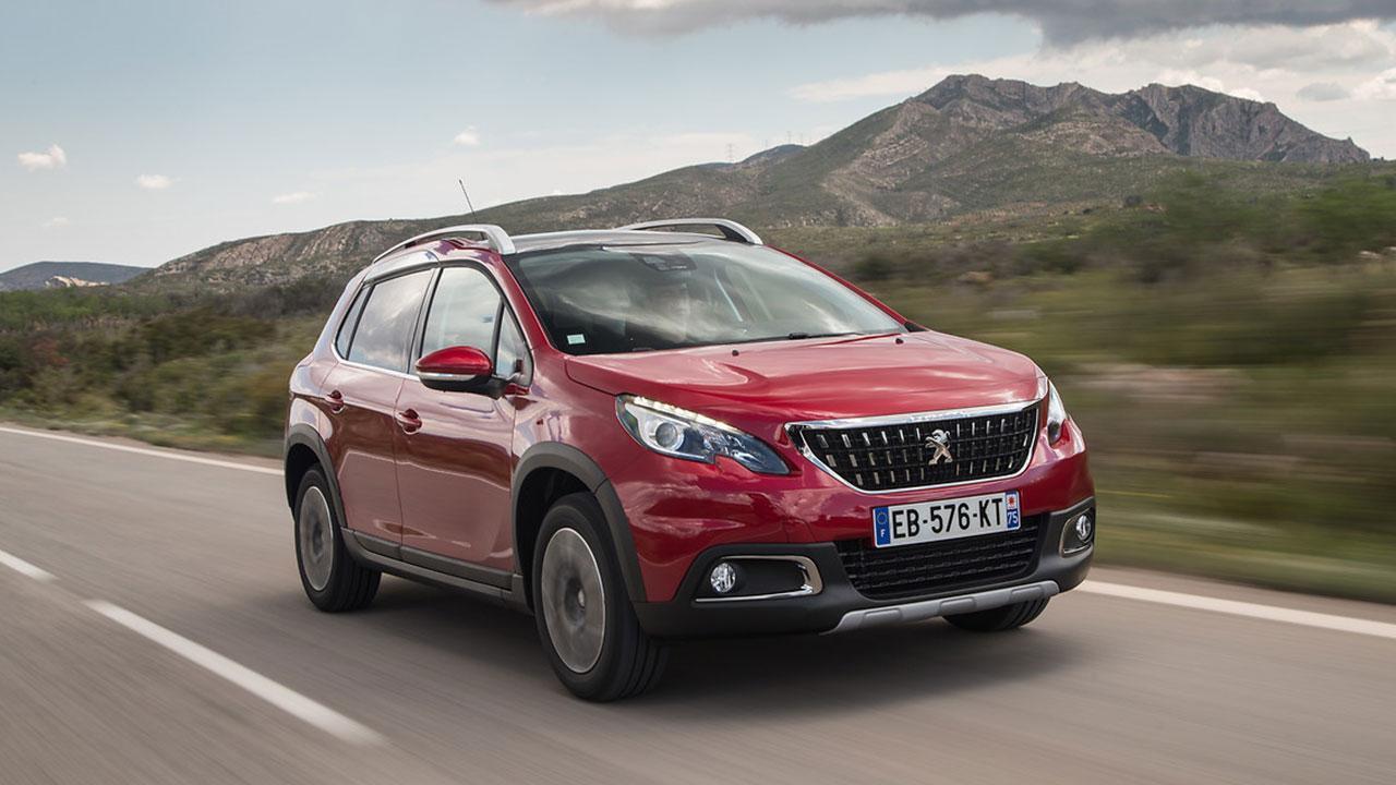 Peugeot 2008 - in voller Fahrt