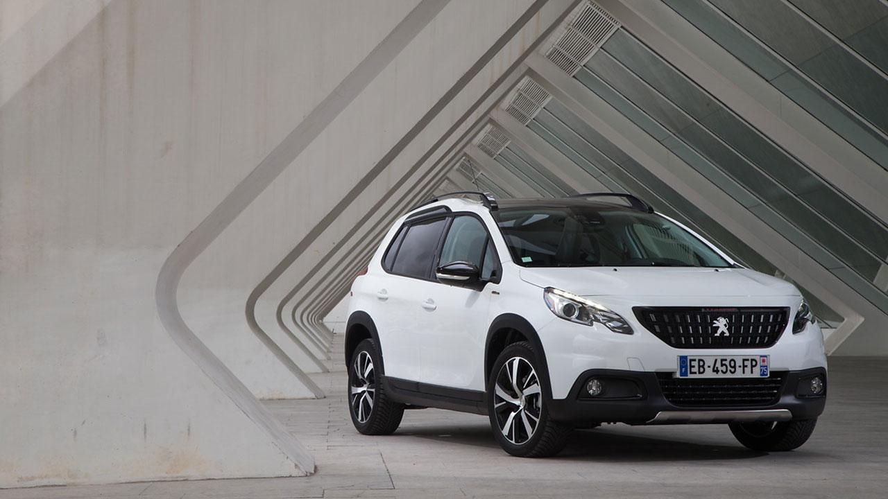 Peugeot 2008 - in Weiß