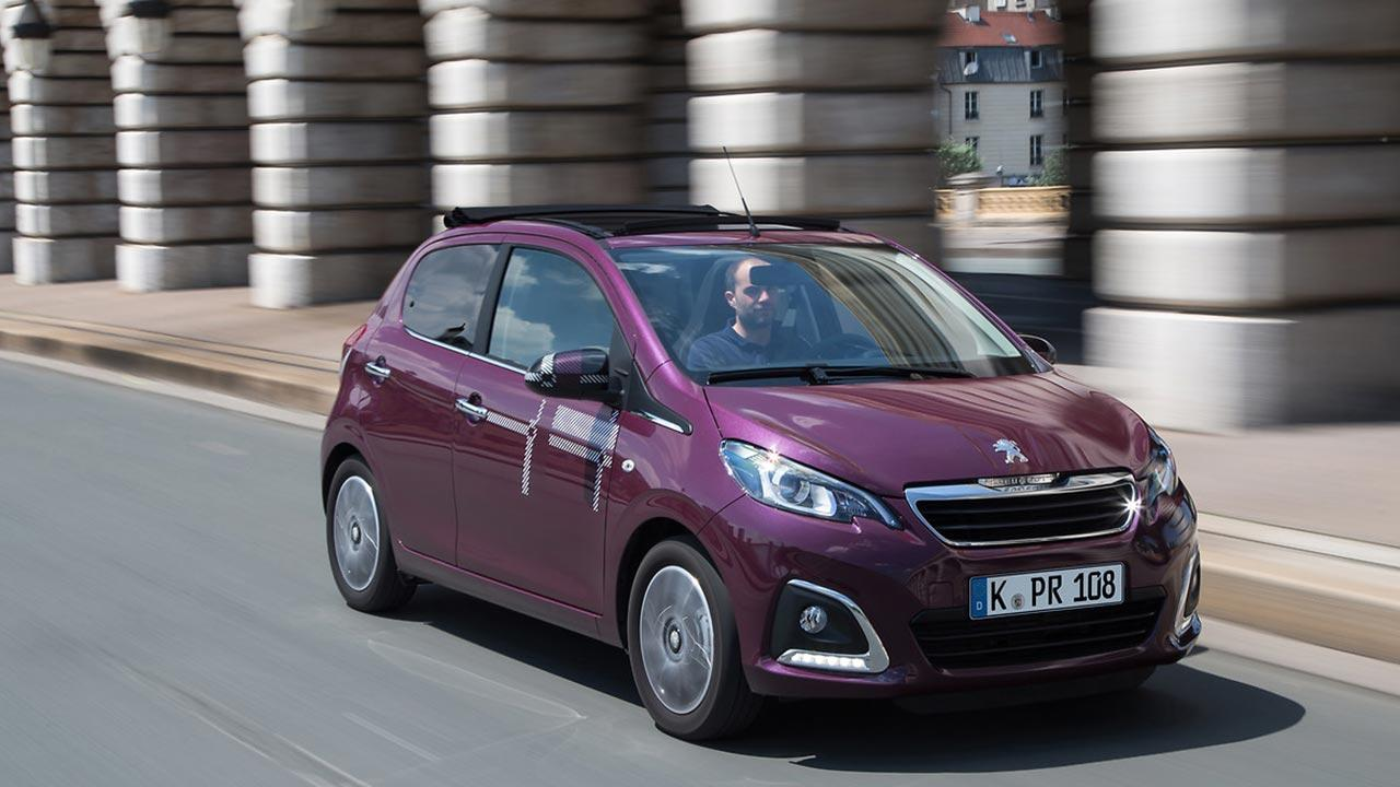 Peugeot 108 - in voller Fahrt