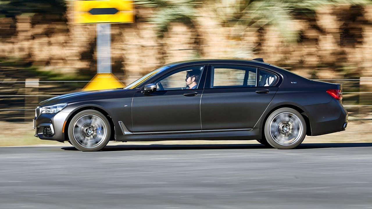 BMW M760Li xDrive 2017 - Seitenansicht