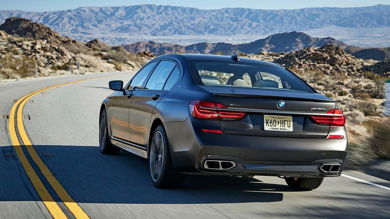 BMW M760Li xDrive 2017 - Heckansicht