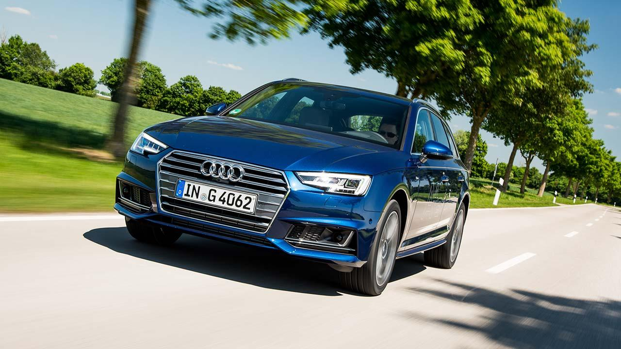 Audi A4 Avant g-tron - in voller Fahrt
