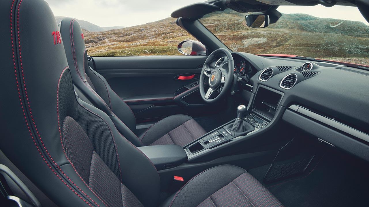 Porsche 718 Boxster T - Cockpit