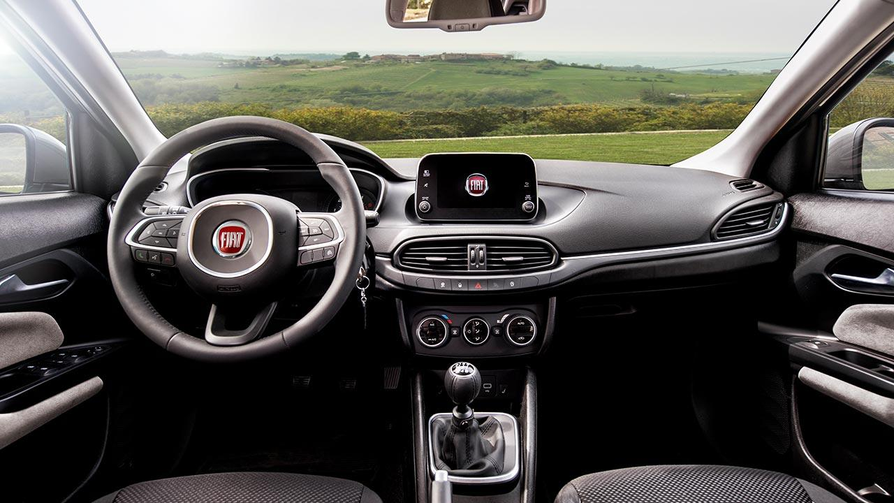 Fiat Tipo Limousine - Cockpit