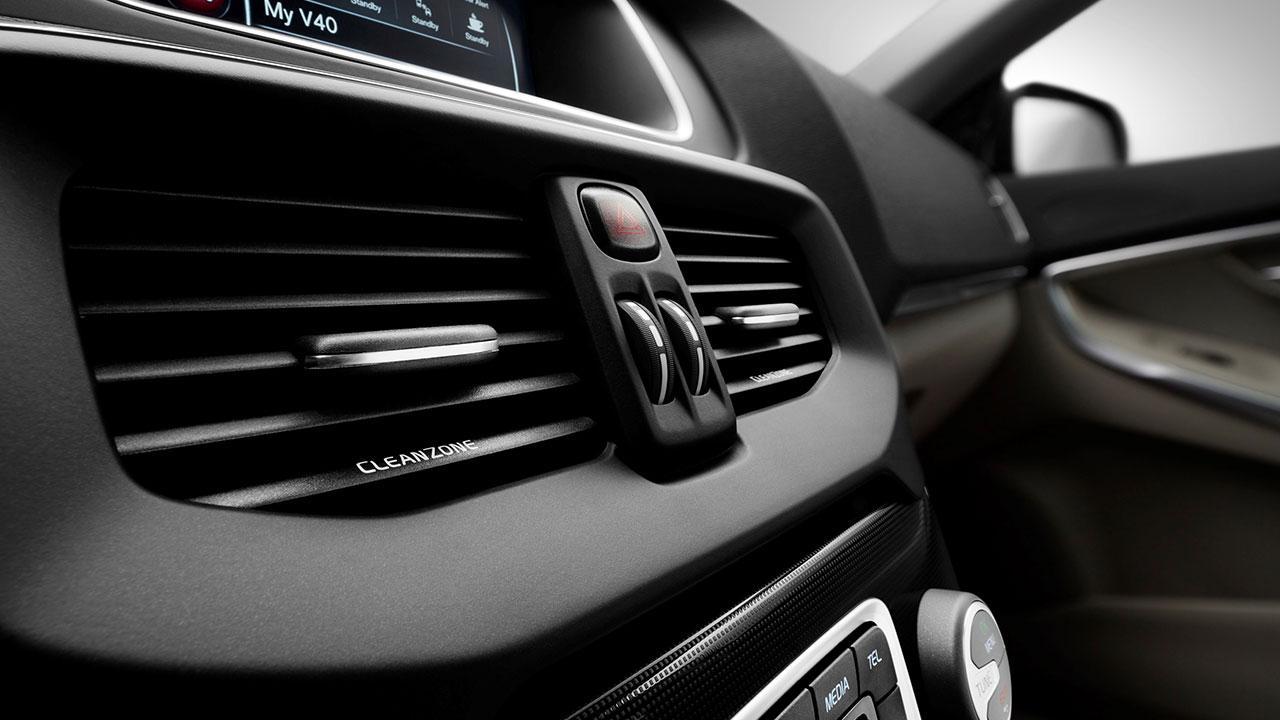 Volvo V40 - Cockpit