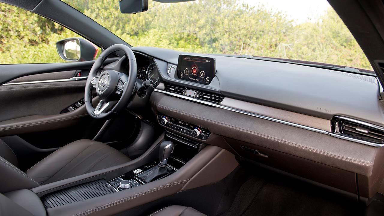 Mazda6 Kombi (Facelift 2018) - Cockpit