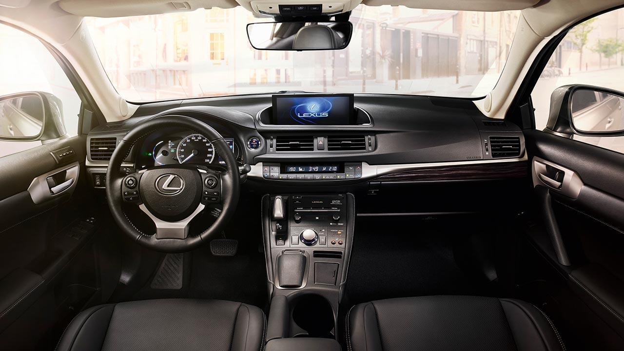 Lexus CT 200h - Cockpit