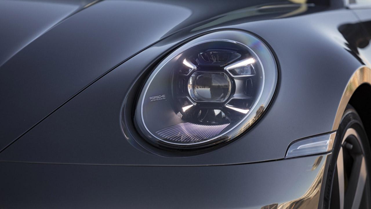 Porsche 911 Carrera (992) - Scheinwerfer