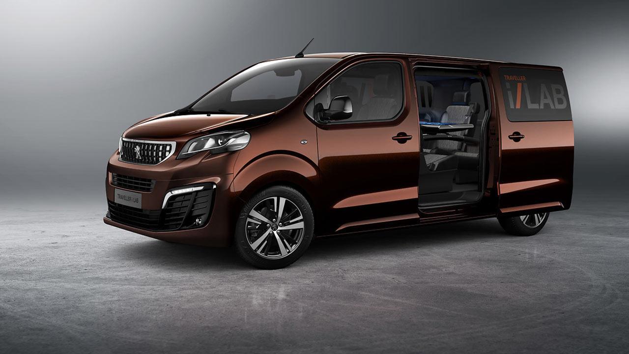 Peugeot Traveller - mit offenen Seitentüren