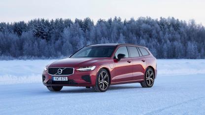 Volvo V60 - auf Eis