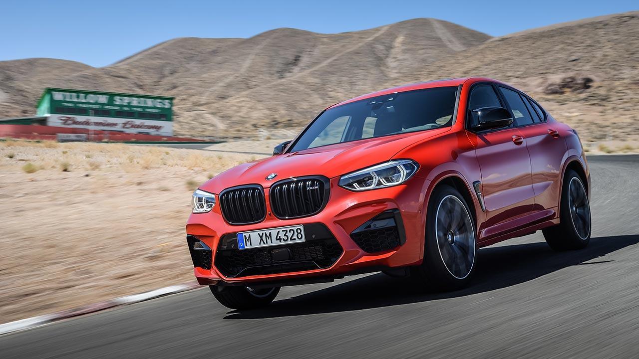 BMW X4 M - in voller Fahrt