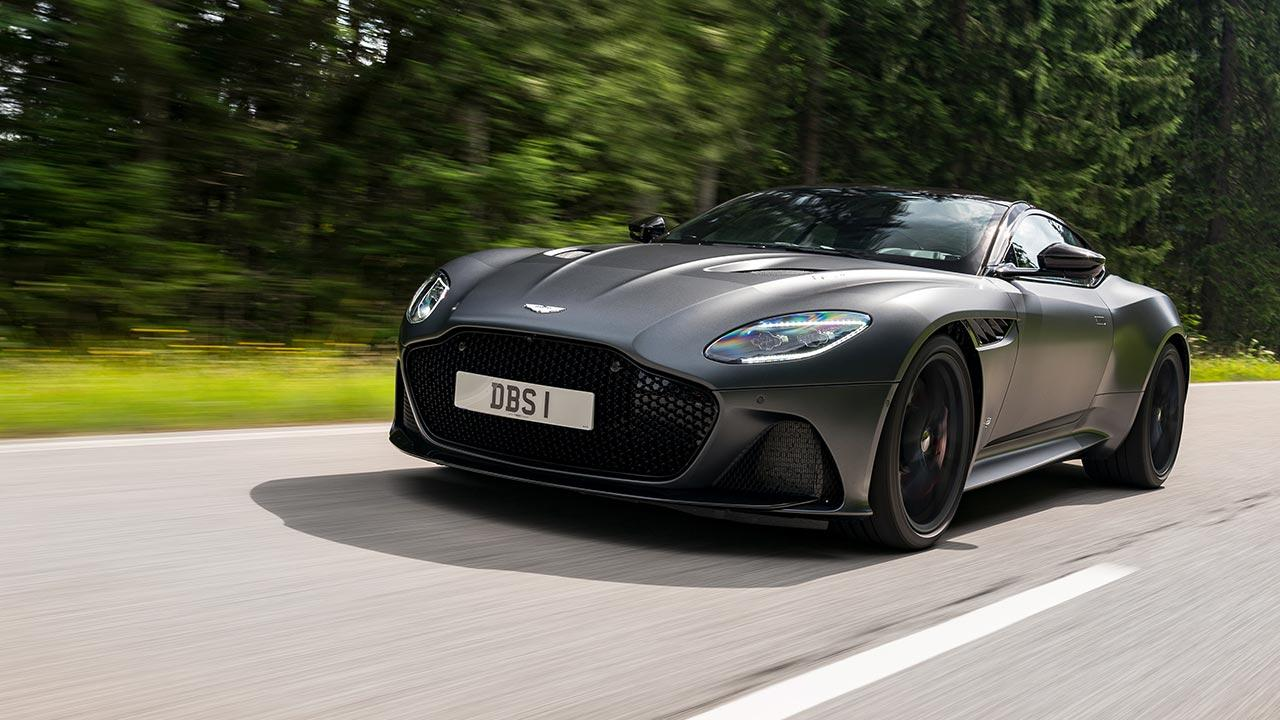 Aston Martin DBS Superleggera - in voller Fahrt