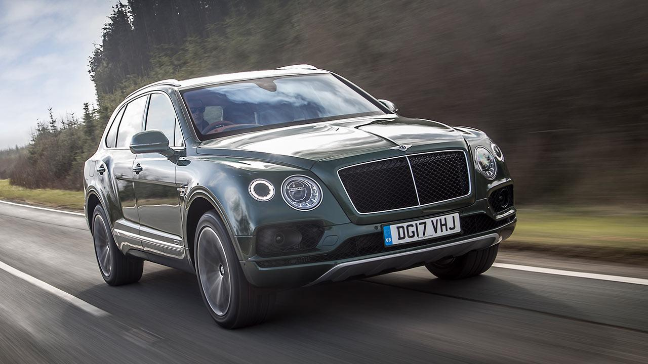 Bentley Bentayga - in voller Fahrt