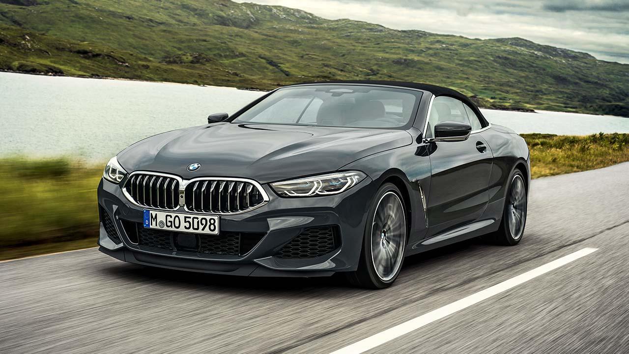 BMW 8er Cabriolet - auf der Landstraße