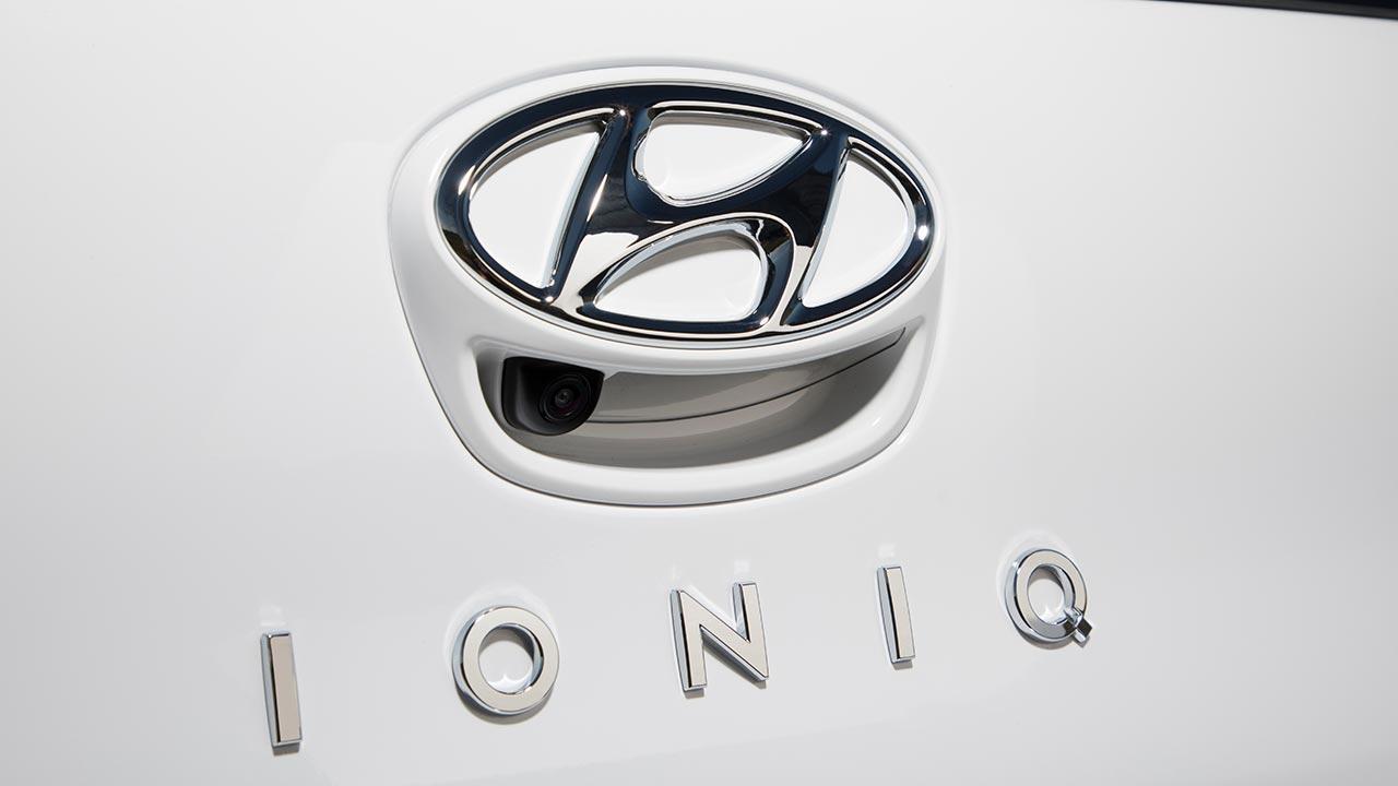 Hyundai Ioniq Elektro - Schriftzug