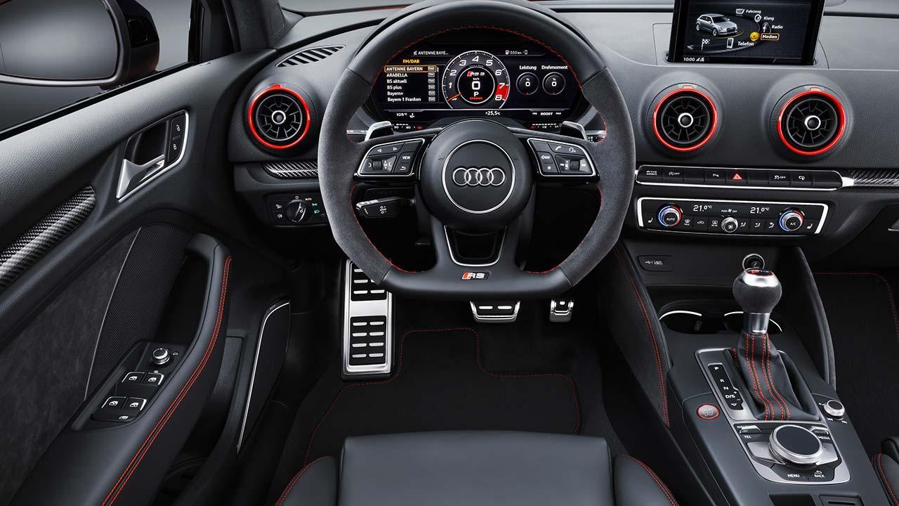 Audi RS 3 Limousine 2017 - Cockpit