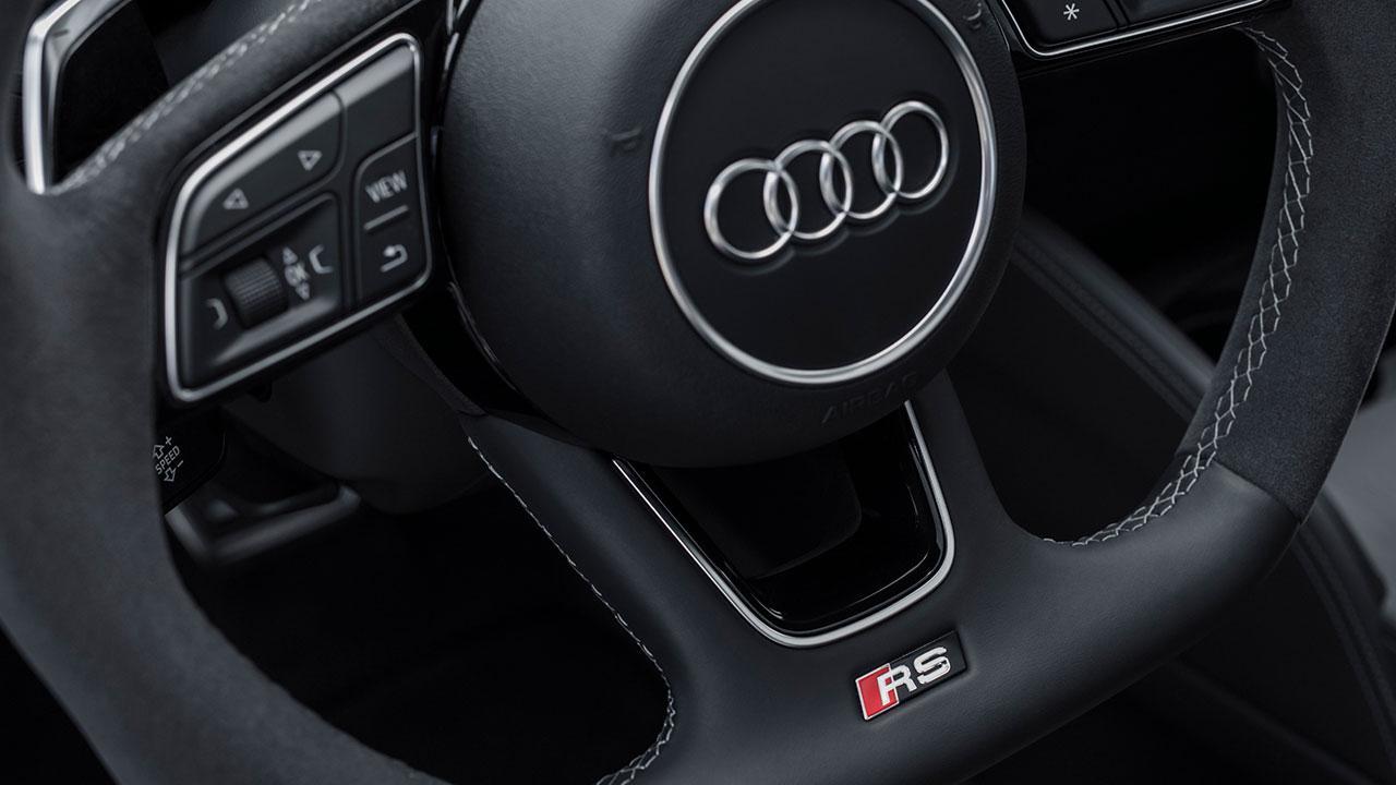 Audi RS 3 Limousine 2017 - Lenkrad
