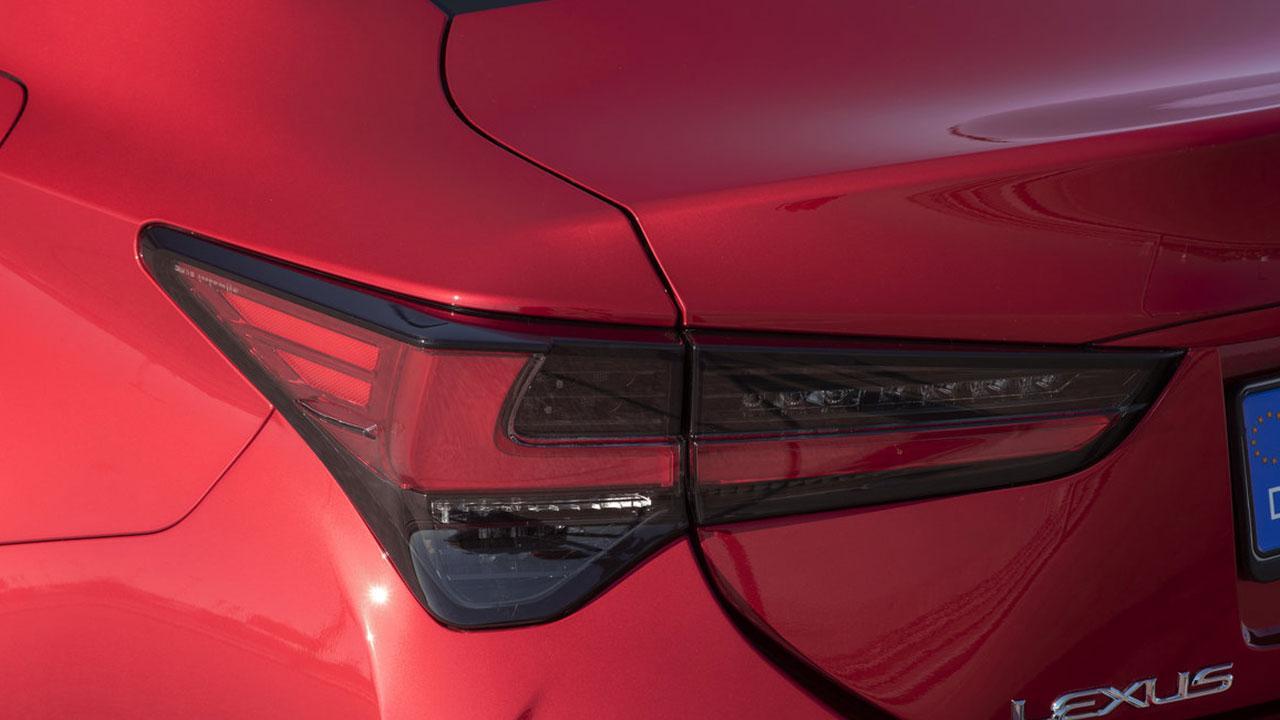 Lexus RC - Heckleuchte