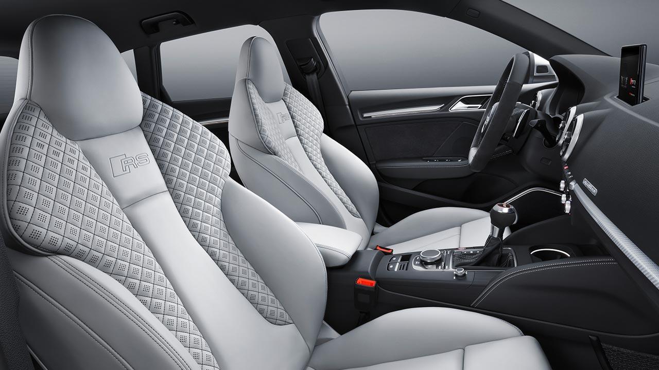 Audi RS 3 Sportback 2017 - Vordersitze