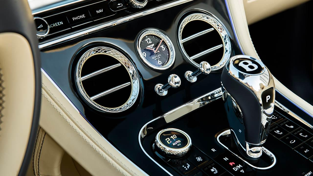 Bentley NEW Continental GT Convertible - Bedienungselemente