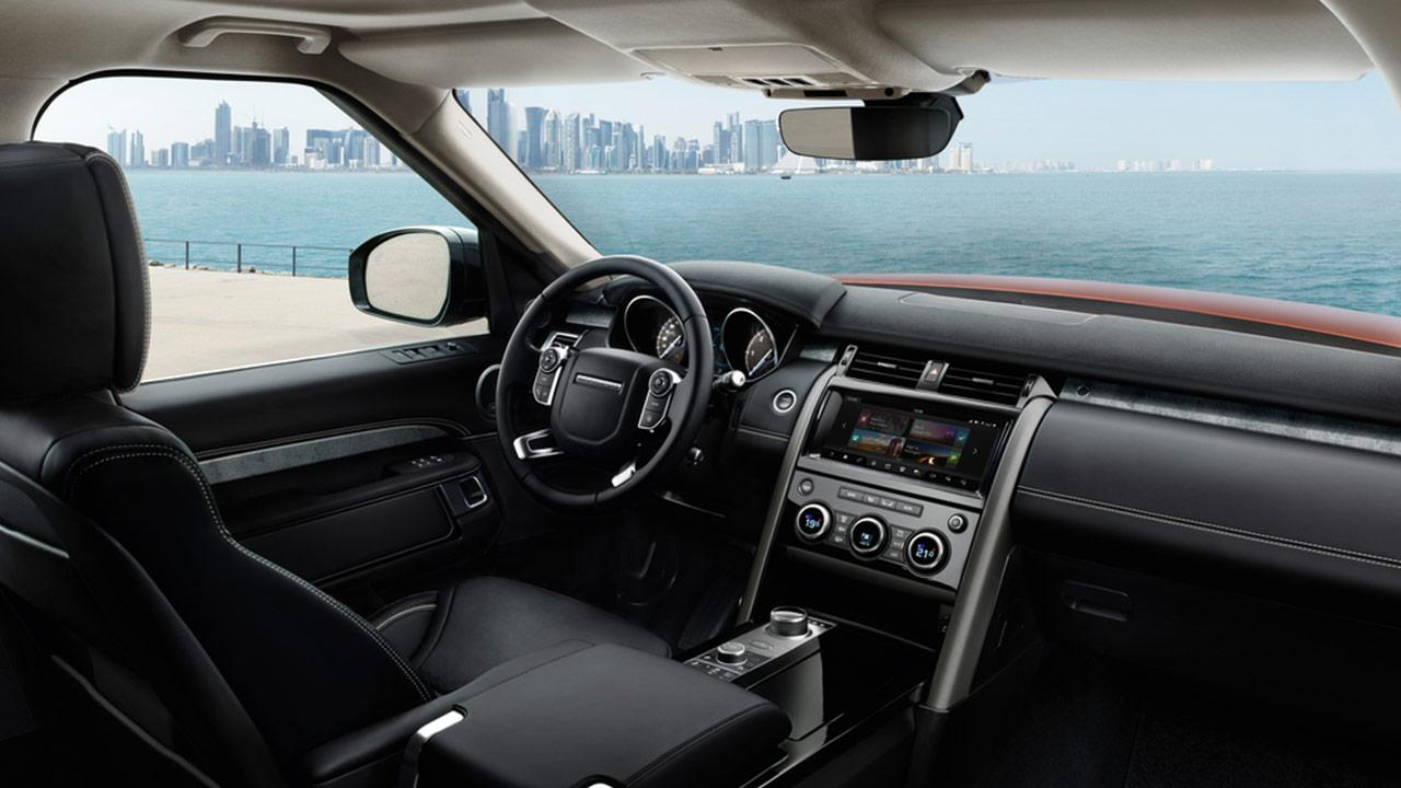 Land Rover Discovery - Cockpit