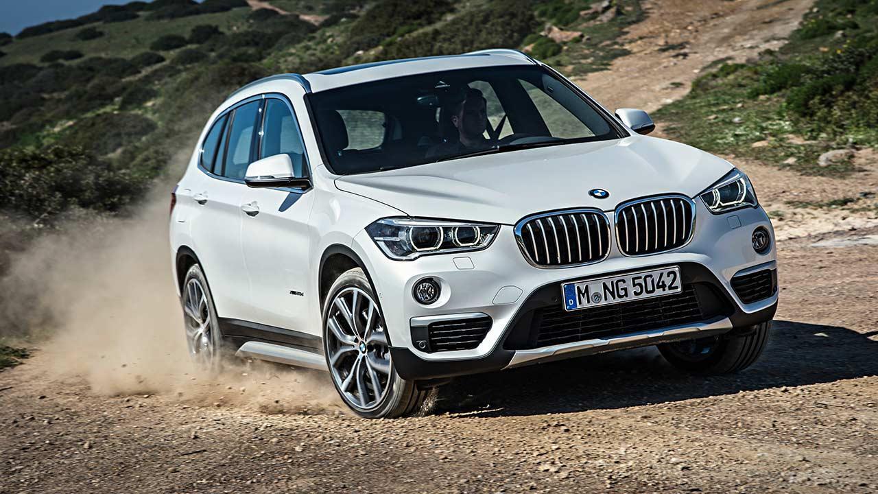 BMW X1 - in voller Fahrt