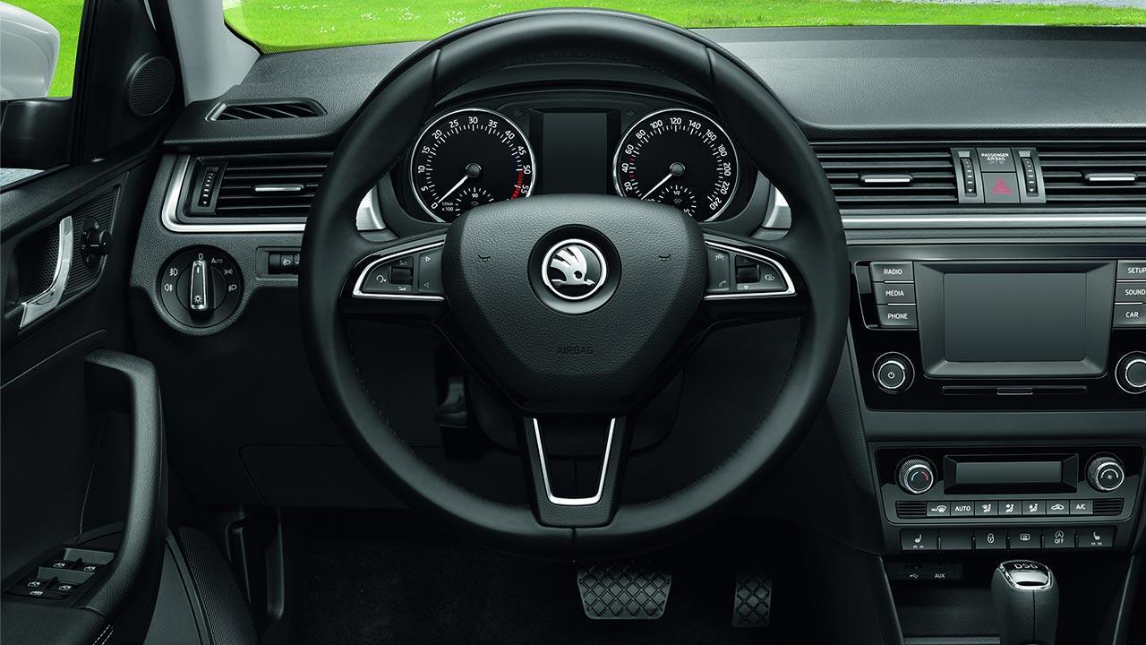 Skoda Rapid - Cockpit