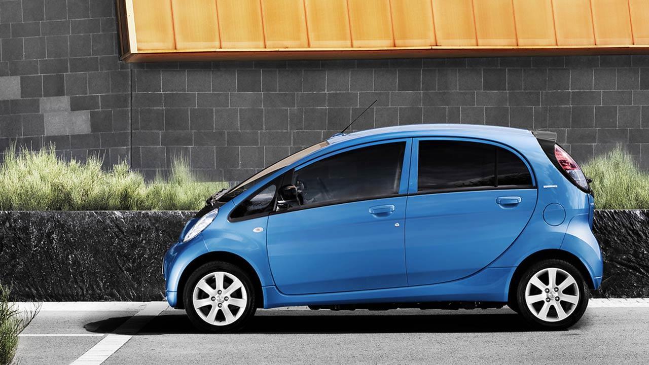 Peugeot iON - Seitenansicht