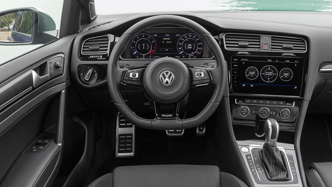 Volkswagen Golf VII R - Cockpit