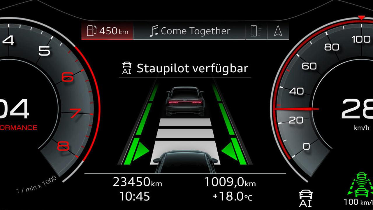 Audi A8 2017 -  Staupilot Anzeige
