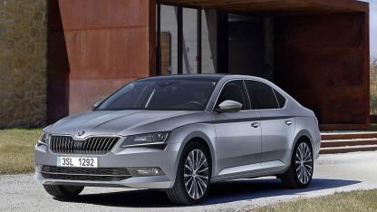 Skoda Superb Limousine - in action