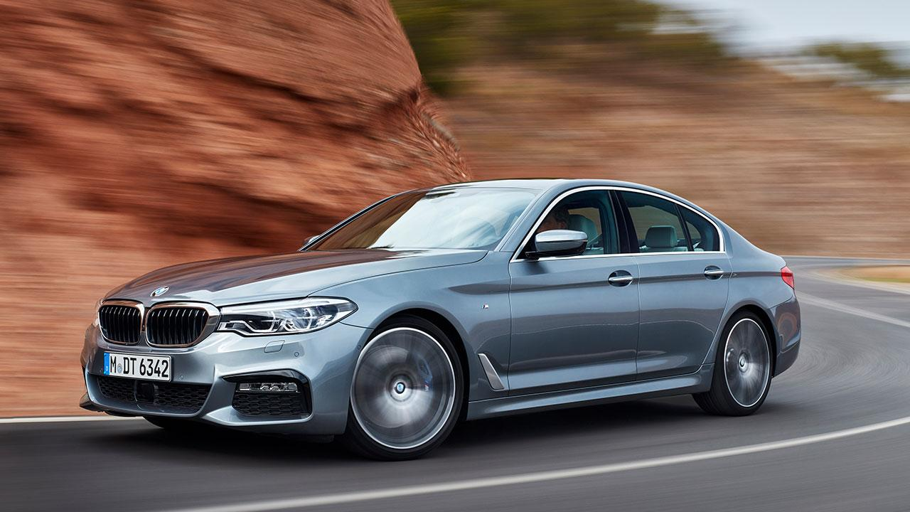 BMW 5er Limousine - in voller Fahrt