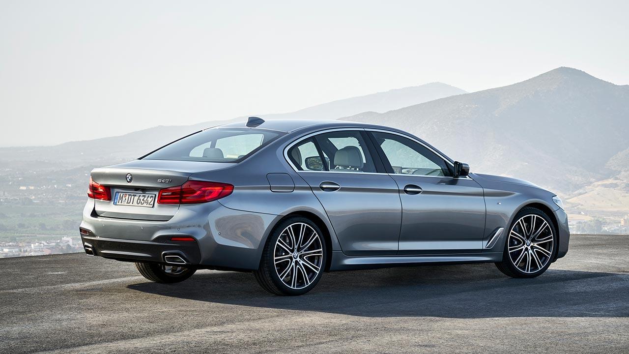 BMW 5er Limousine - mit Panorama Aussicht