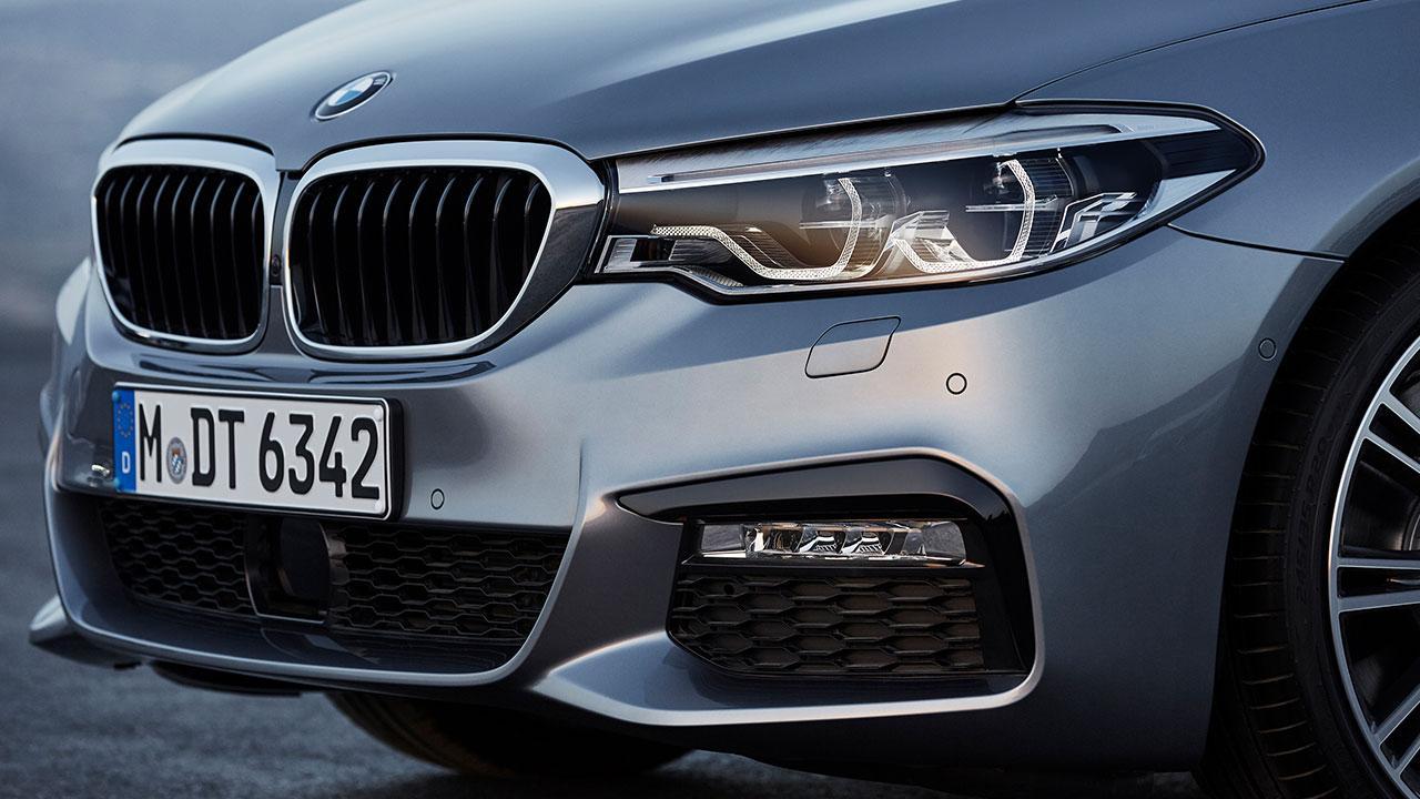 BMW 5er Limousine - Kühler Grill