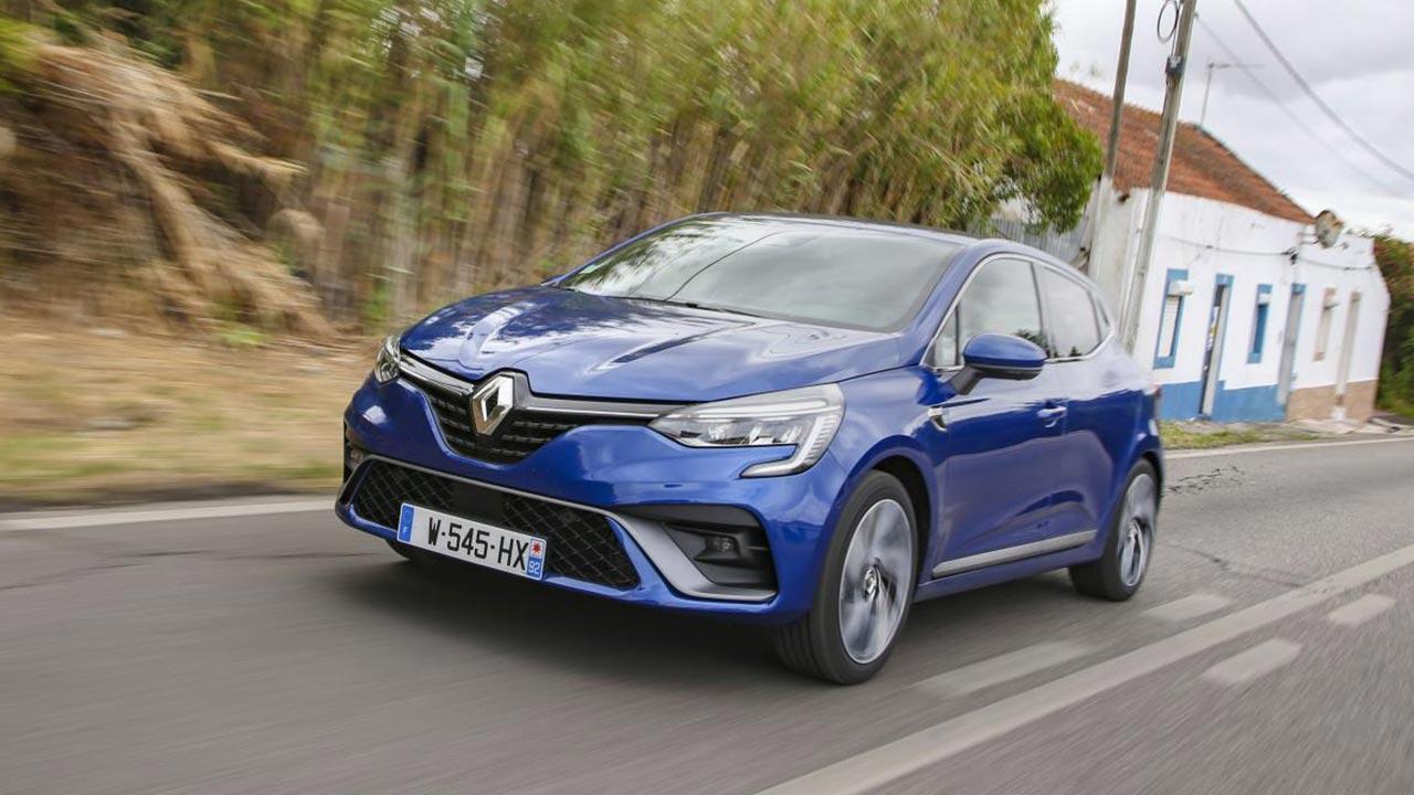 Renault Clio - in voller Fahrt