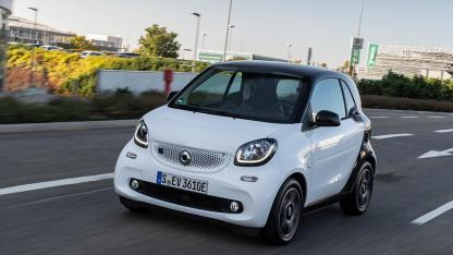 Smart EQ fortwo - in voller Fahrt