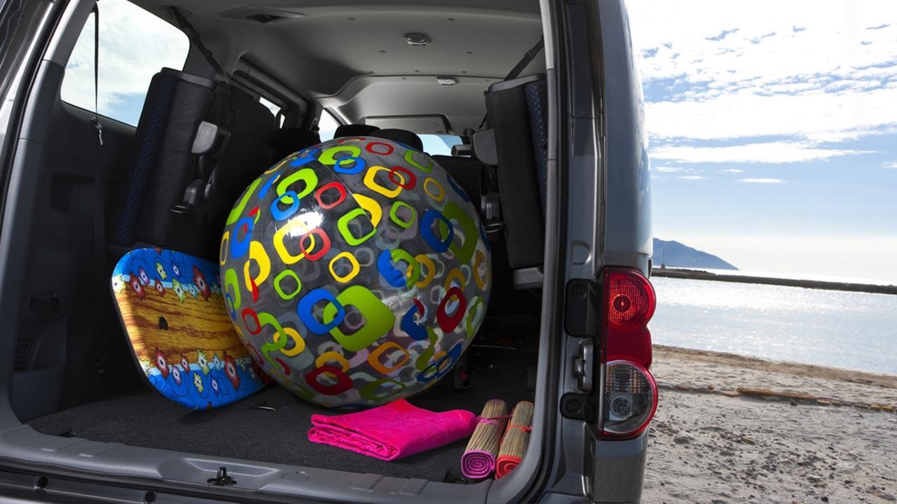 Nissan Evalia - voller Kofferraum