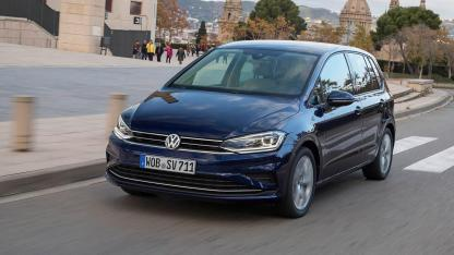 Volkswagen Golf Sportsvan - in voller Fahrt